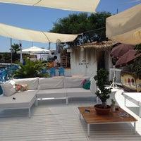 Photo taken at Bora Bora Beach club yalancı boğaz by Murat U. on 6/14/2014