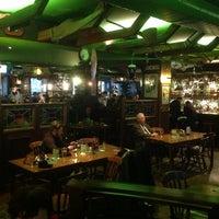 Das Foto wurde bei Shamrock Irish Pub von Svetik S. am 3/9/2013 aufgenommen