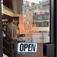 Das Foto wurde bei Filter Coffeehouse & Espresso Bar von jessica c. am 12/3/2013 aufgenommen