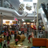 Photo taken at Centro Las Americas by Esau F. on 12/25/2012