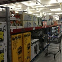 Photo taken at Sam's Club by Abril on 1/5/2013