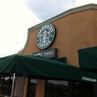 Photo taken at Starbucks by BerlinAri on 10/10/2012