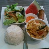 Foto scattata a Supannee House of Thai da Mercy B. il 8/16/2013
