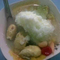 Photo taken at Bakso dan Es Campur Miroso by Monica P. on 6/8/2013