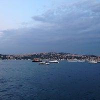 6/11/2014 tarihinde Ozgur K.ziyaretçi tarafından Les Ottomans ParkŞamdan &TheBar'de çekilen fotoğraf