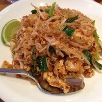 4/6/2013 tarihinde Rachel R.ziyaretçi tarafından Wondee Siam I'de çekilen fotoğraf