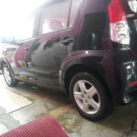 Photo taken at Car Wash alam budiman by Noorfatimahsyam I. on 8/21/2013