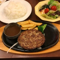 Photo taken at ビッグボーイ 秋田山王店 by Jun Y. on 8/11/2017