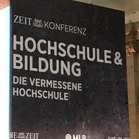 Das Foto wurde bei Berlin-Brandenburgische Akademie der Wissenschaften von Stefan am 11/22/2016 aufgenommen