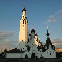 Photo taken at Парк Строителей by BODROV on 7/7/2013