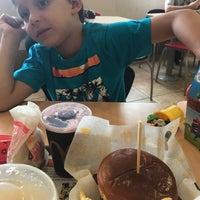 รูปภาพถ่ายที่ McDonald's โดย Michelle P. เมื่อ 11/20/2017