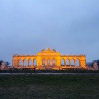3/8/2013 tarihinde Sara P.ziyaretçi tarafından Schloss Schönbrunn'de çekilen fotoğraf