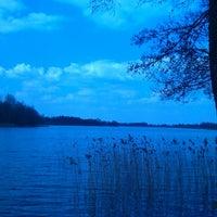 รูปภาพถ่ายที่ Озеро Опса โดย Hanna T. เมื่อ 4/20/2014