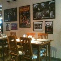 รูปภาพถ่ายที่ Big Kahuna Burger โดย Rilder S. เมื่อ 7/2/2013