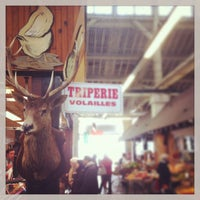 Photo taken at Marché d'Aligre by Heidi H. on 3/31/2013