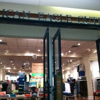 Photo taken at American Eagle Outfitters by Dan B. on 1/3/2013