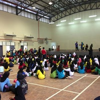 Photo taken at Dewan MBSA Bukit Naga , Seksyen 32 , Shah Alam by Pirlo on 2/2/2013