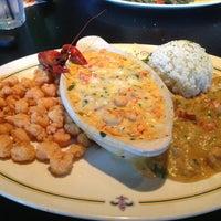 Das Foto wurde bei Babin's Seafood House von Dan H. am 3/19/2013 aufgenommen