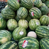 Photo taken at Sprouts Farmers Market by Stacey R. on 8/3/2017