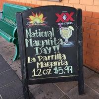Foto tomada en La Parrilla Mexican Restaurant por ChatterBox Christie el 2/22/2017