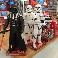 """Photo taken at Toys""""R""""Us by ChatterBox Christie on 12/18/2015"""