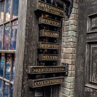Photo taken at The Wizarding World Of Harry Potter - Diagon Alley by Kirby F. on 2/26/2015