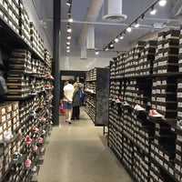 converse outlet store 8tdw  Photo taken at Converse Outlet Store by Paul M on 7/2/2016