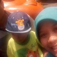 Photo taken at Ayam Tulang Lunak Malioboro by Ani R. on 3/20/2016