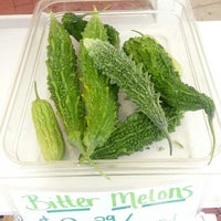 Photo taken at 14th and U Farmer's Market by Anna J. on 9/21/2013