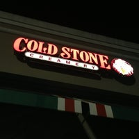 Photo taken at Cold Stone Creamery by Robert L. on 4/6/2013
