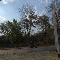 Photo taken at มณฑลทหารบกที่ 32 (ค่ายสุรศักดิ์มนตรี) 32nd Military Circle by Khongsak T. on 3/11/2017