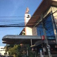 Photo taken at Hotel Kim City Lampang by Khongsak T. on 10/19/2016