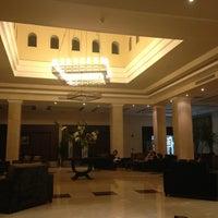 Foto scattata a Old Lobby at Rixos Sharm El Sheikh da Olga K. il 3/6/2013