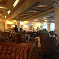 3/5/2013 tarihinde Olga K.ziyaretçi tarafından Rixos Sharm El Sheikh Nefertiti Restaurant'de çekilen fotoğraf