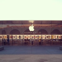 Photo taken at Apple Stanford by Mark M. on 9/10/2013