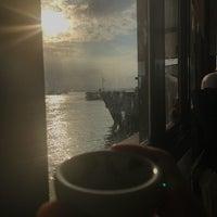 Foto tirada no(a) İstanbul Kitap Kafe por Zehra K. em 9/6/2018