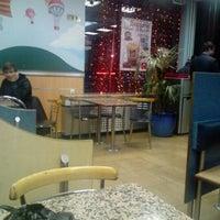 Снимок сделан в McDonald's пользователем Valeriy V. 1/2/2013