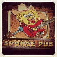 5/11/2013 tarihinde Cem Y.ziyaretçi tarafından Sponge Pub'de çekilen fotoğraf