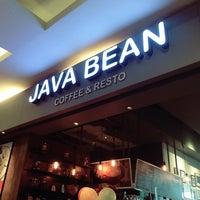 Photo taken at JAVA BEAN Coffee & Resto by Rini S. on 3/11/2017