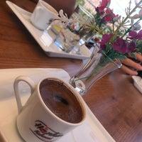 7/1/2018 tarihinde Tuğba K.ziyaretçi tarafından Hünkar Kahvesi cafe&bistro'de çekilen fotoğraf