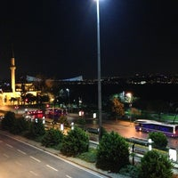 Photo taken at Nixon Bosphorus Hotel by Celal A. on 3/28/2013