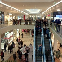 Foto scattata a Shopping City Süd da Jovan il 2/2/2013