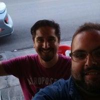 Photo taken at Tacos El Guero Baynas by Roberto Andrés A. on 8/13/2014