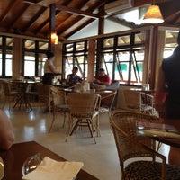 Foto tirada no(a) Tigre Café por Maria Luiza K. em 1/6/2013