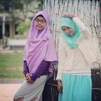 Photo taken at Lapangan Dwi Warna by Baida H. on 6/28/2015
