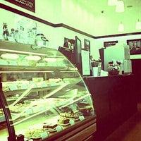 Снимок сделан в Coffee Bean пользователем Monsieur M. 3/15/2013