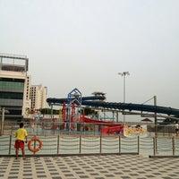 รูปภาพถ่ายที่ Jurong West Swimming Complex โดย Wong K. เมื่อ 6/13/2013
