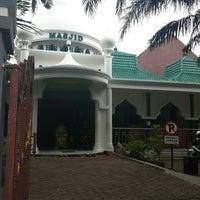 Photo taken at Masjid Ibnu Sina by Moenir S. on 3/20/2014