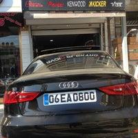 Photo taken at Aydın Elektronik Car Hi Fi by Ferhat on 1/2/2015