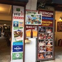 Foto tirada no(a) Erzincan Restaurant por volkan g. em 5/5/2018